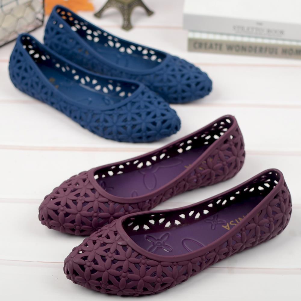 尖头塑胶女平底防水镂空花瓣洞洞鞋满94.40元可用61.36元优惠券