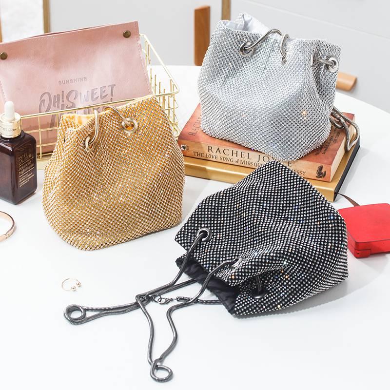 日韩流行水钻手提包镶钻晚宴手包宴会包女手拿包手袋包零钱化妆包