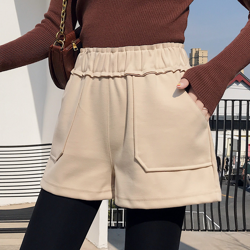 2020 new high waisted woollen shorts autumn winter black wide legs show thin and thick, women wear loose casual boots pants