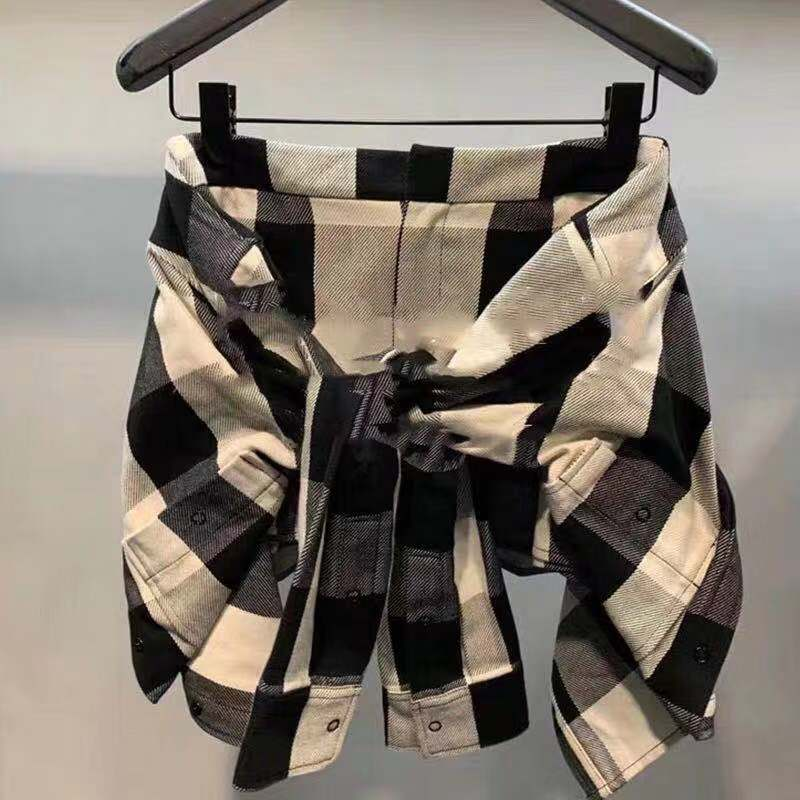 Dawang 2021 spring and summer new personalized fake two piece knotted shorts high waist black and white plaid casual pants for women