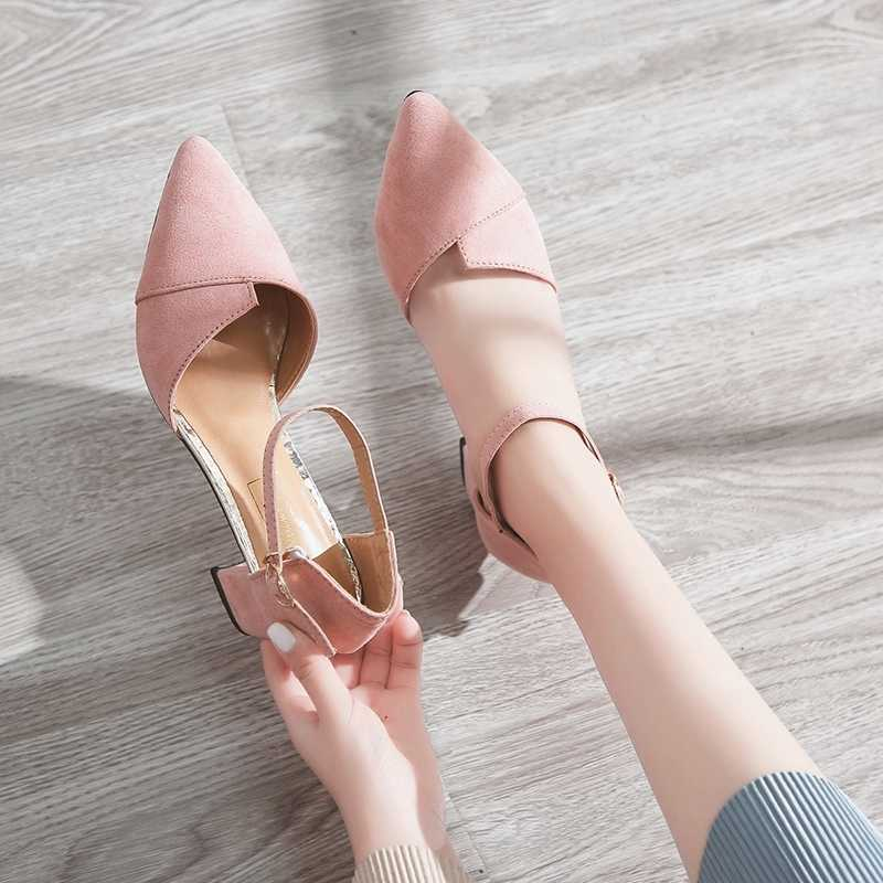 Black toe wrap sandals for women summer thick heel, pointed head, hollow and versatile, slim, button leather, middle heel and high heels.