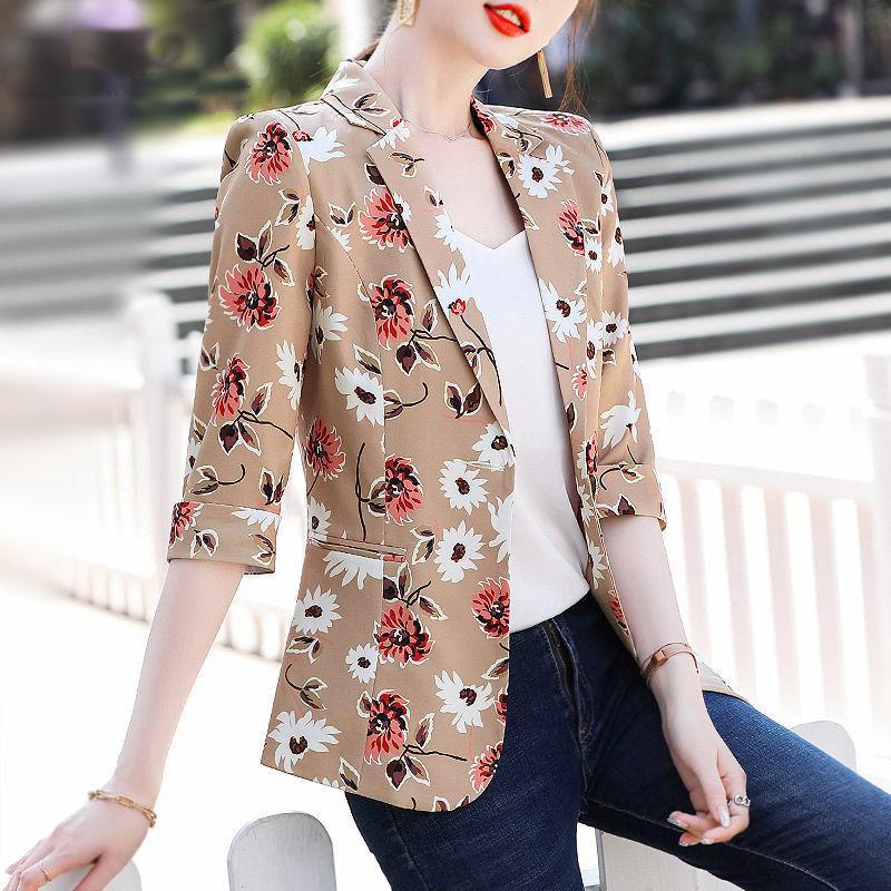 2021夏季薄款炸街印花小西装外套女韩版时尚修身洋气七分袖小西服