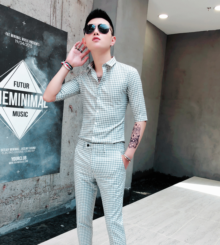 Color mens seven point sleeve Korean version slim trend handsome Plaid mid sleeve mens pants casual suit hairdressers shirt