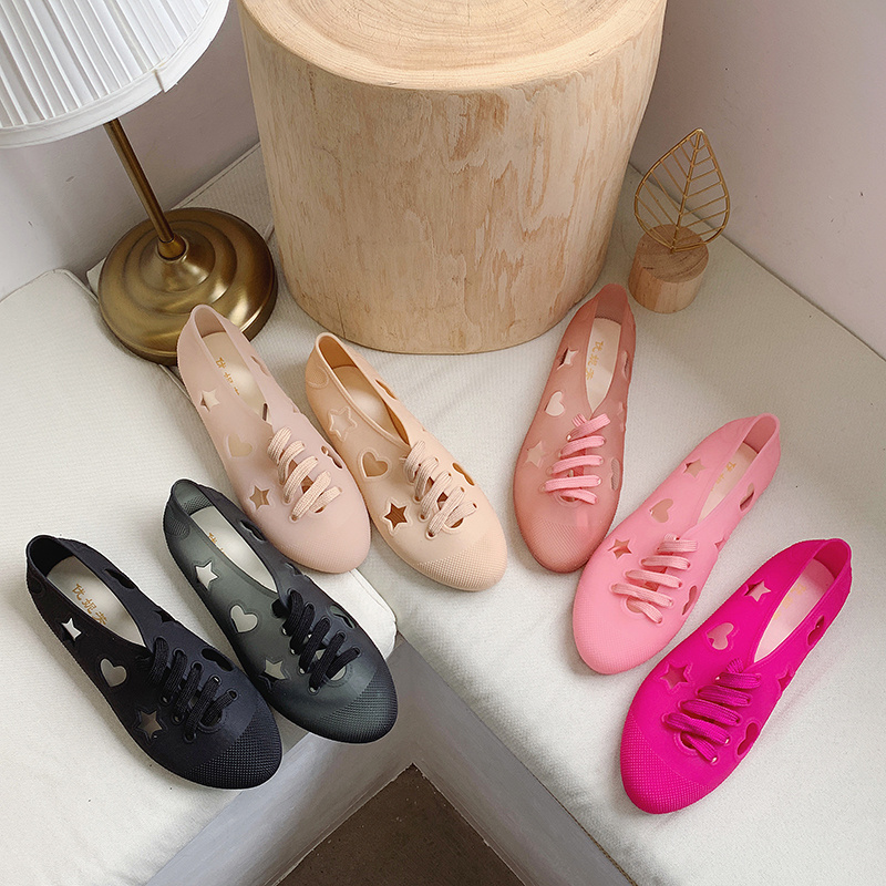 10月22日最新优惠女学生洞洞鞋平底透气凉鞋包头镂空渔夫鞋女防滑果冻鞋防水小白鞋