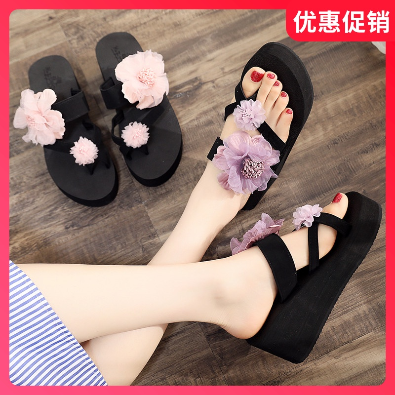 2020 new net red high-heeled slippers for women wearing slope heel cover and tassel flower flip flop for seaside holiday
