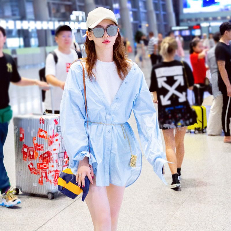 Star Qi Weis same popular skirt this year fake two loose small shirt skirts spring and autumn short dress