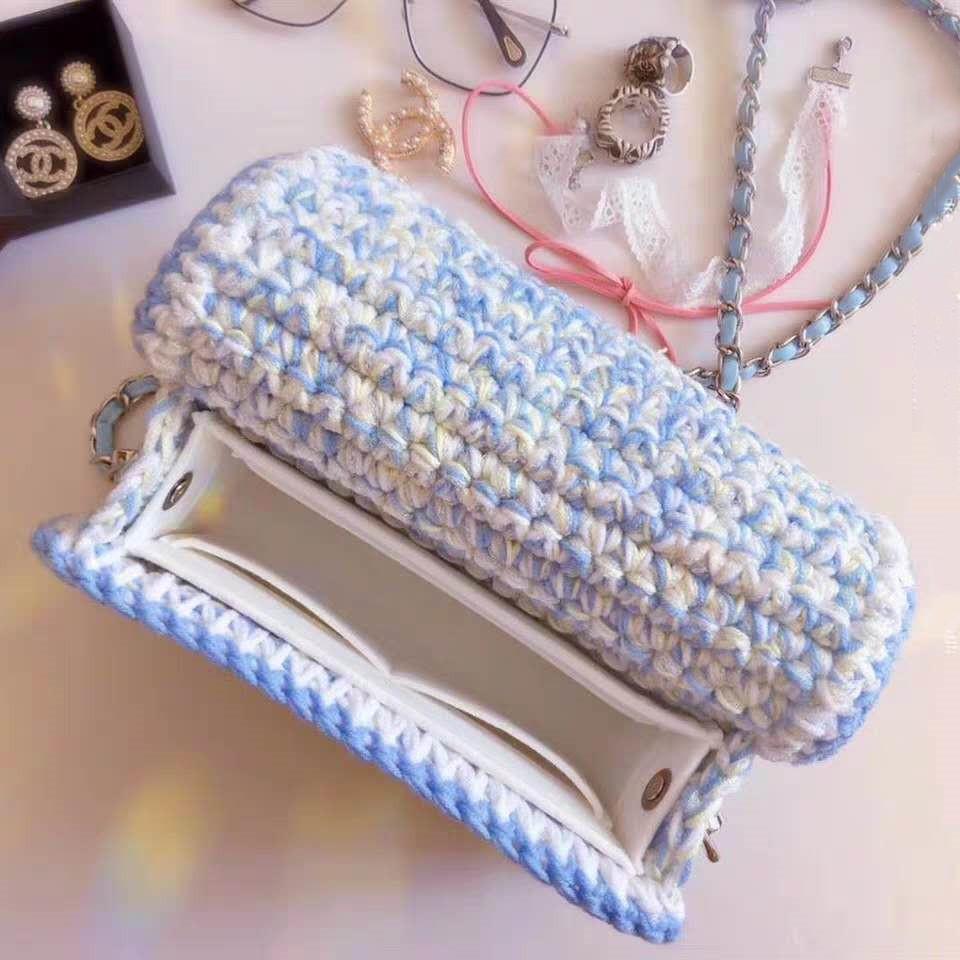 注文してはらはらします。同じタイプの小さい香風の編み物バッグです。