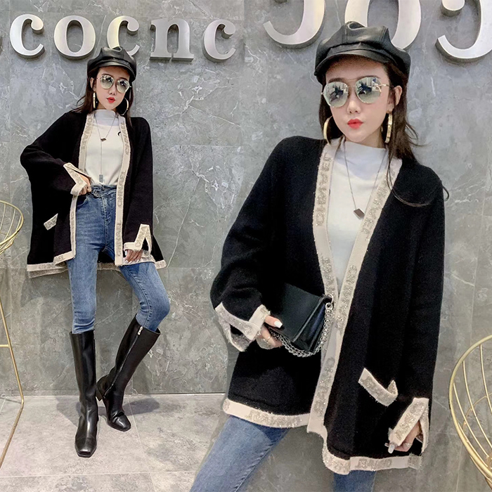 Medium and long sweater feminine loose spring new fashion brand double C small fragrance wool sweater coat thickened