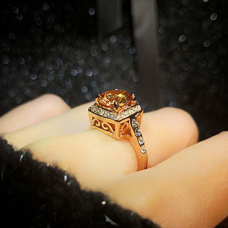 Topaz retro European and American light luxury net red fashion personality trend rose gold index finger exaggeration red Gemstone Ring woman