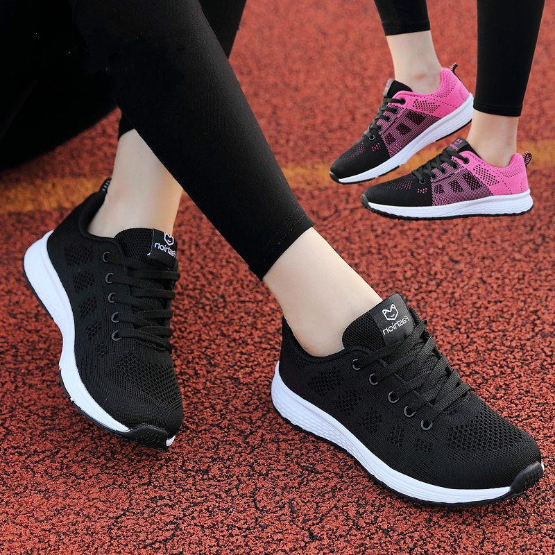 Spring and autumn new black sports shoes womens Korean version versatile breathable light student gym casual running shoes