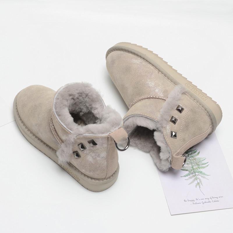 冬季新款雪地靴女短筒牛皮羊毛短靴铆钉加绒鞋保暖加厚棉鞋面包鞋