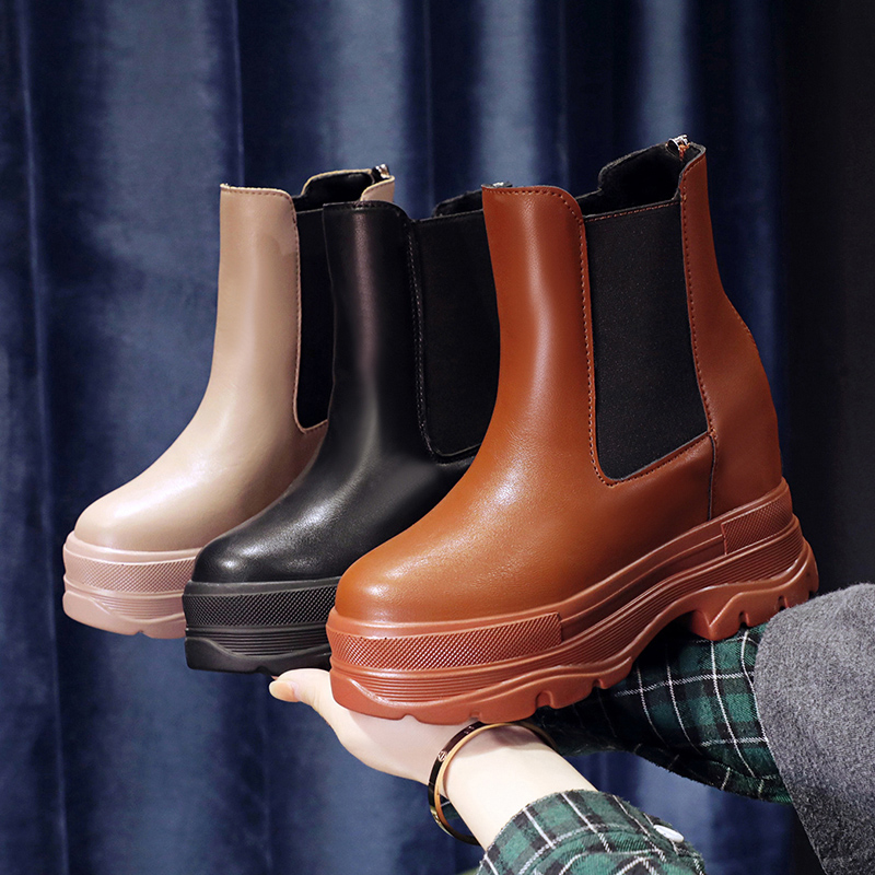 New style of high rise Plush Martin boots in 9cm in autumn and winter of 2020 womens thick soled high heel short boots, versatile cotton boots