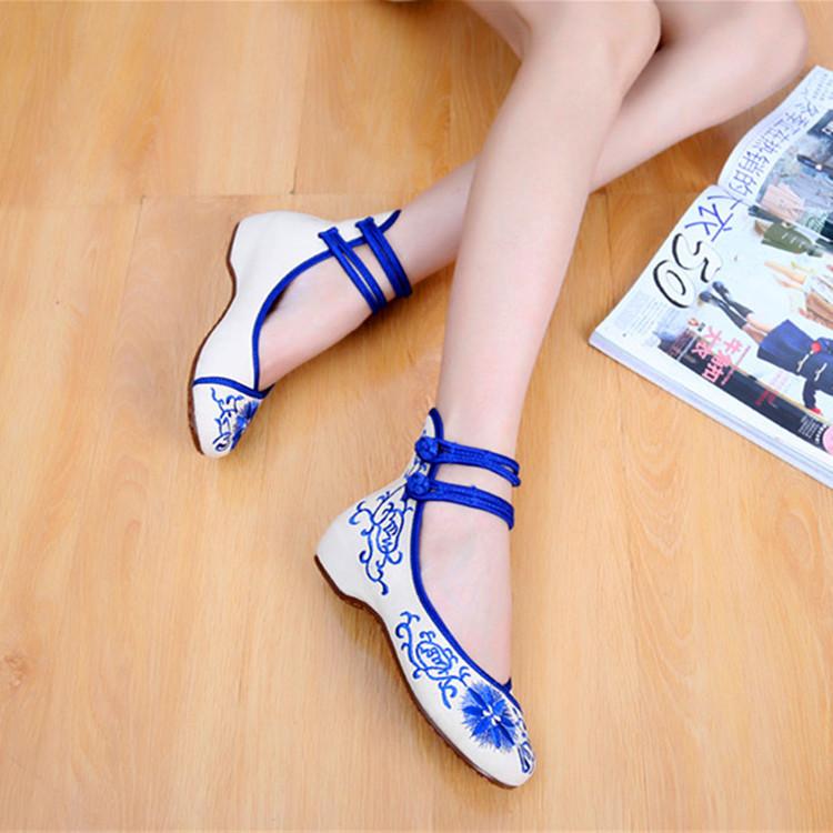 新品布鞋青花瓷低帮鞋内增高绣花鞋女单鞋牛牛毛浅口口老北京布鞋