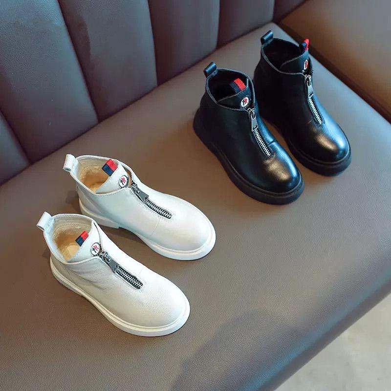网红款女童马丁靴亲子鞋秋冬季新款童靴子英伦风短靴加绒童鞋皮靴