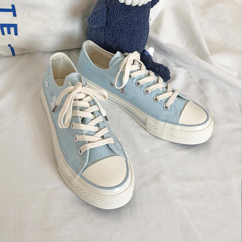 LH原创卡通印花低帮温柔蓝色可爱帆布鞋女清新甜美日系风百搭板鞋