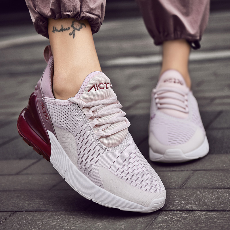 休闲鞋Hot Sale Women Sneakers Fashion Lightweight Mesh Flat
