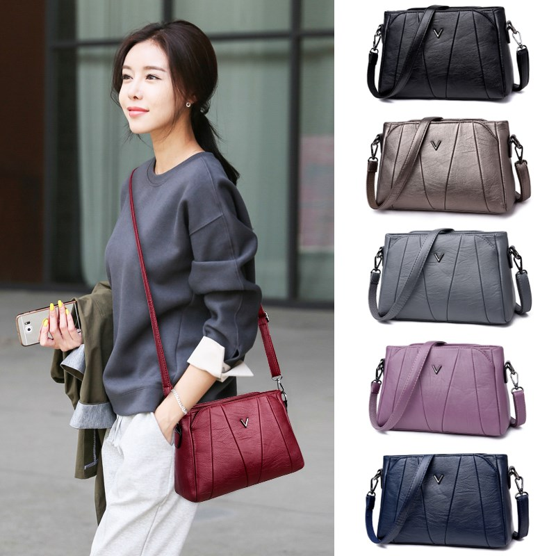 Middle aged womens bag mothers small bag fashion versatile womens backpack soft leather bag atmosphere Portable Single Shoulder Messenger Bag tide