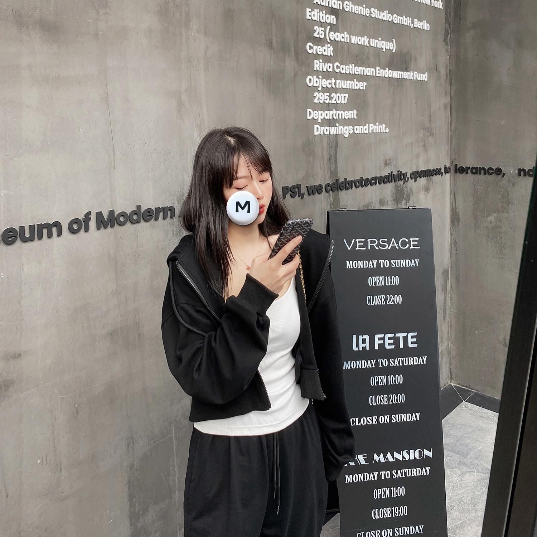 子川2020早秋新款纯色连帽短款卫衣外套女韩版休闲小个子开衫3625