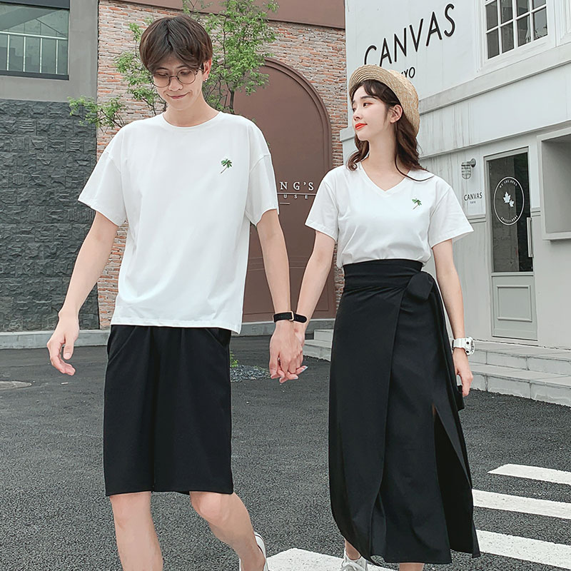Couple summer V-neck dress set female 2021 new embroidered one skirt one loose Student Short Sleeve T-Shirt