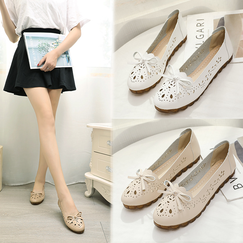 Moms shoes summer 2020 new Korean fashion hollow air permeable shoes all kinds of flat bottomed bean shoes