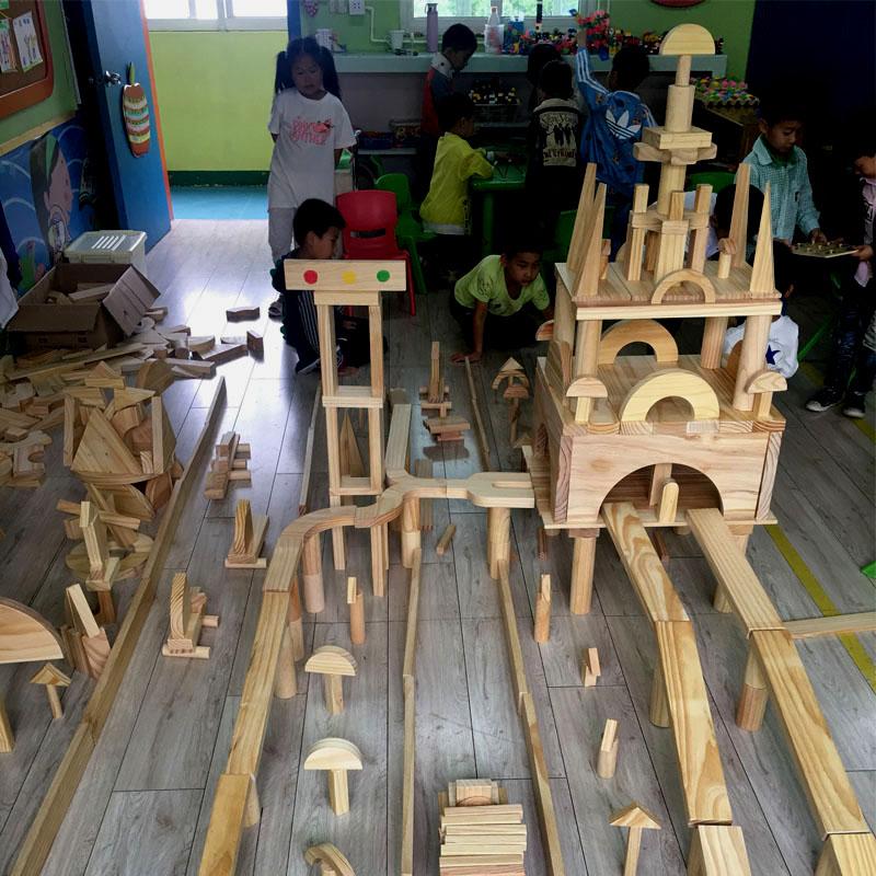 木质木头玩具区大型幼儿园超大儿童积木实木搭建大块建构碳化原木,可领取10元天猫优惠券