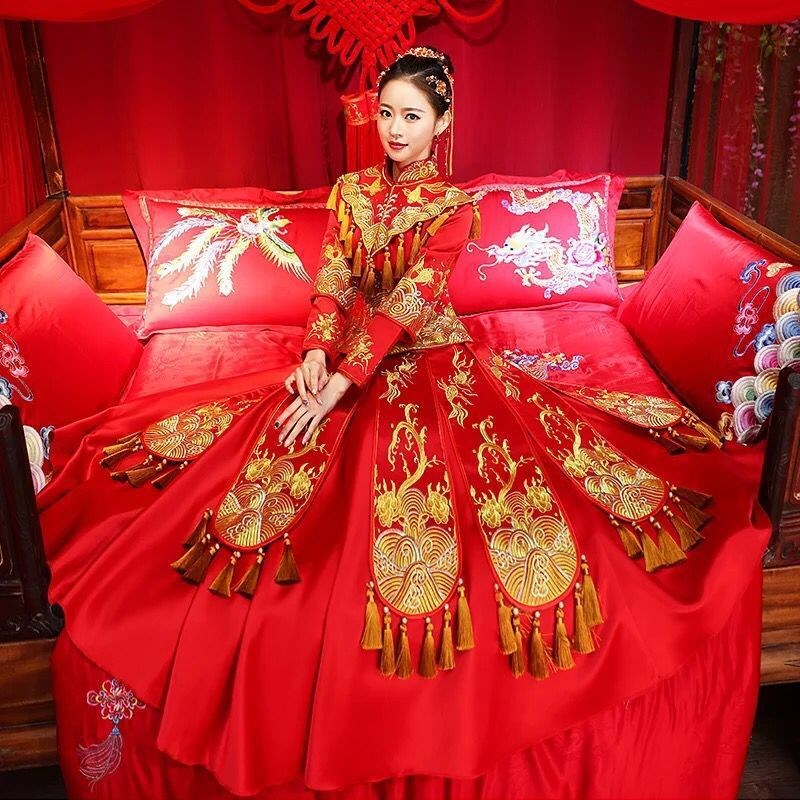 Xiuhe brides 2019 new Chinese wedding dress wedding dress wedding dress coming out of the pavilion, dragon and Phoenix gown, toast, tassel