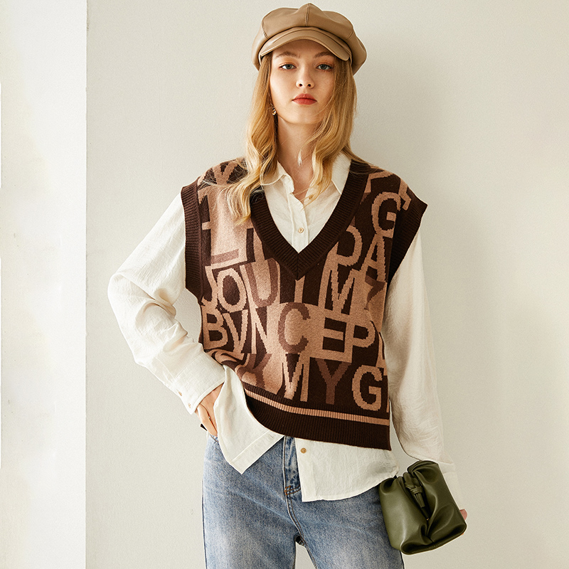 New loose letter wool vest for women V-neck cashmere vest in autumn and winter 2020