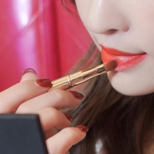 唇刷高颜值口红女化妆师新手带盖伸缩便携初专业唇线笔沧州美妆刷