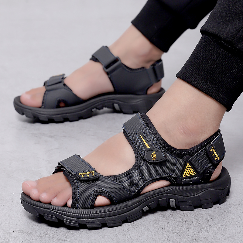 2020 summer trend new sandals mens Non Slip breathable sandals Velcro outdoor dual purpose casual slippers mens shoes