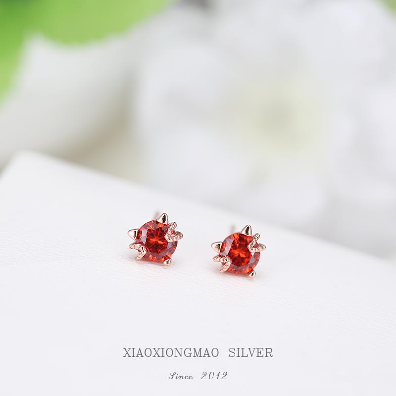 S925 Sterling Silver sleep without ear stud femininity simple red cat raising ear hole Earrings niche Earrings
