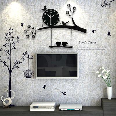 Nordic simple household personality living room wall clock fashion luminous clock modern silent creative quartz clock bird clock