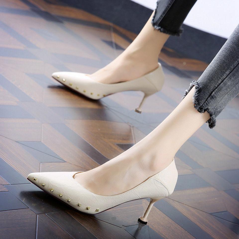 呈象高跟鞋女猫跟细跟百搭女鞋浅口单鞋尖头时尚春季铆钉2020新款