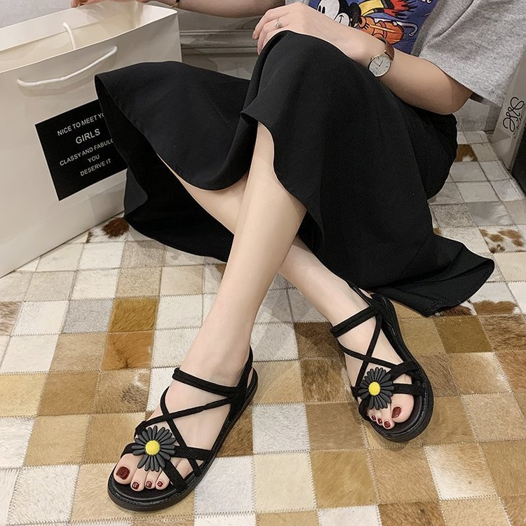 Looks like 2020 summer new fashion sandals womens shoes rubber flat heeled button down open toe flat shoes