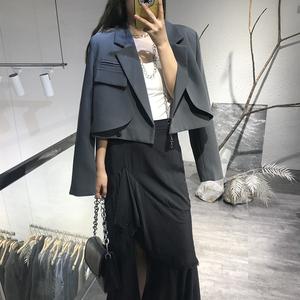 气质百搭短款西装外套女小个子2021年春秋新款单口袋洋气西服上衣