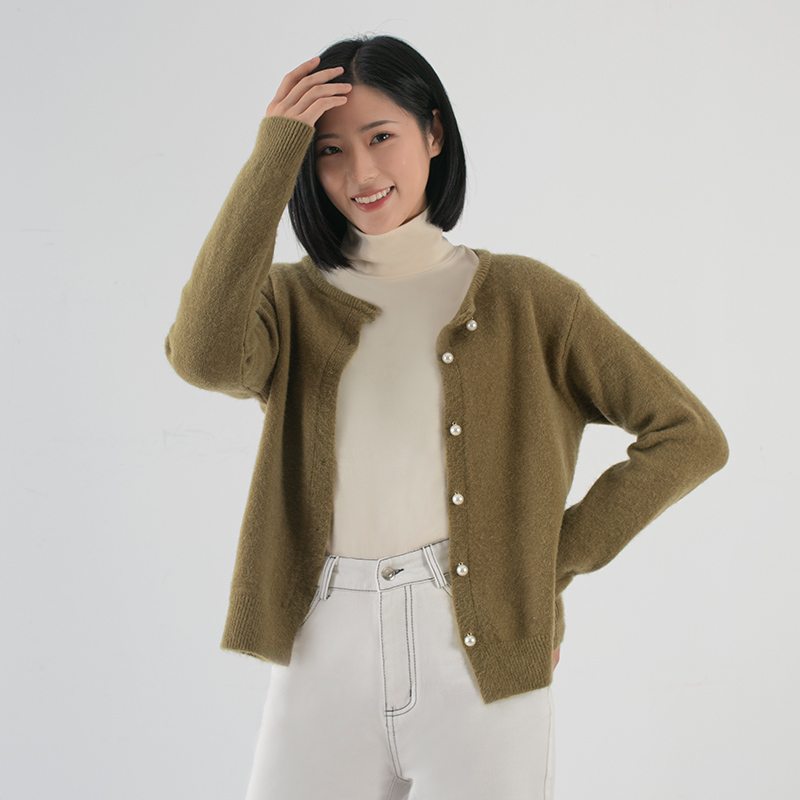 Long sleeve T-shirt pile collar bottoming shirt autumn and winter new high collar Pullover foreign style inner layer warm and slim top