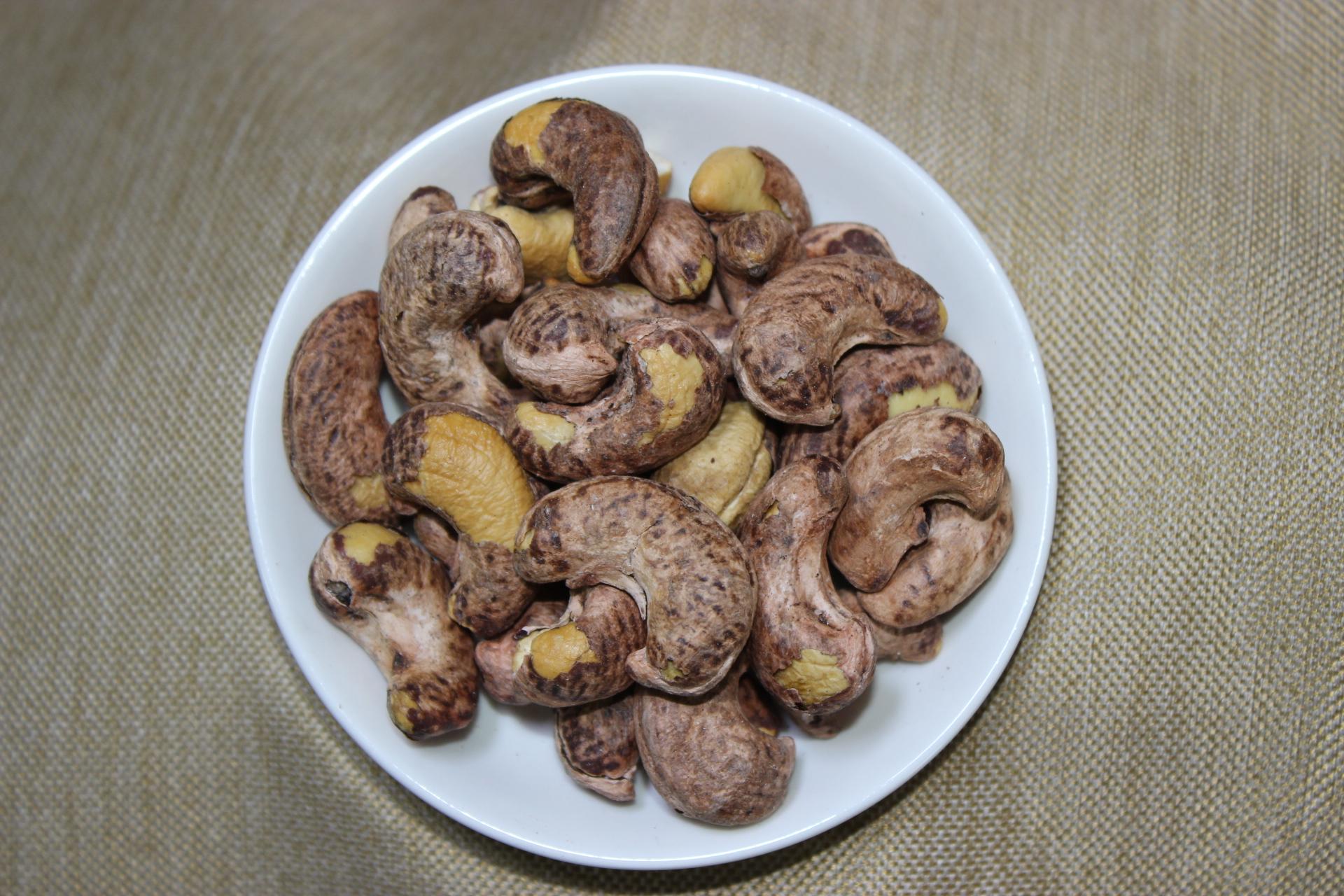 新货特级带皮原味越南腰果原装进口500g散装炭烧盐焗紫皮坚果零食
