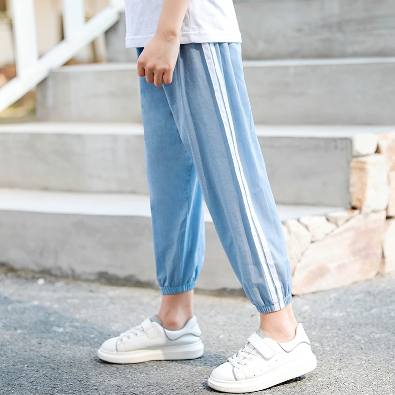 Childrens jeans, wide leg pants, boys clothes, Korean version, childrens nine part spring clothes, light blue, westerly pants, children