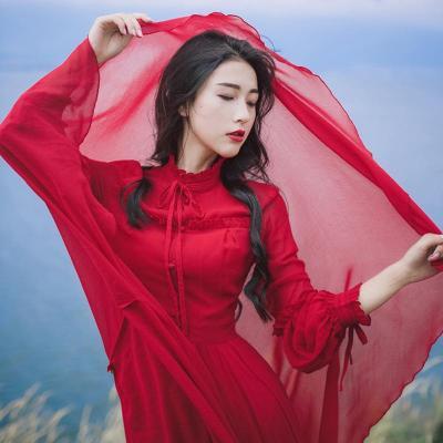 沙漠红裙子大红色连衣裙秋季出游胡杨林拍照服装内蒙古旅游衣服女