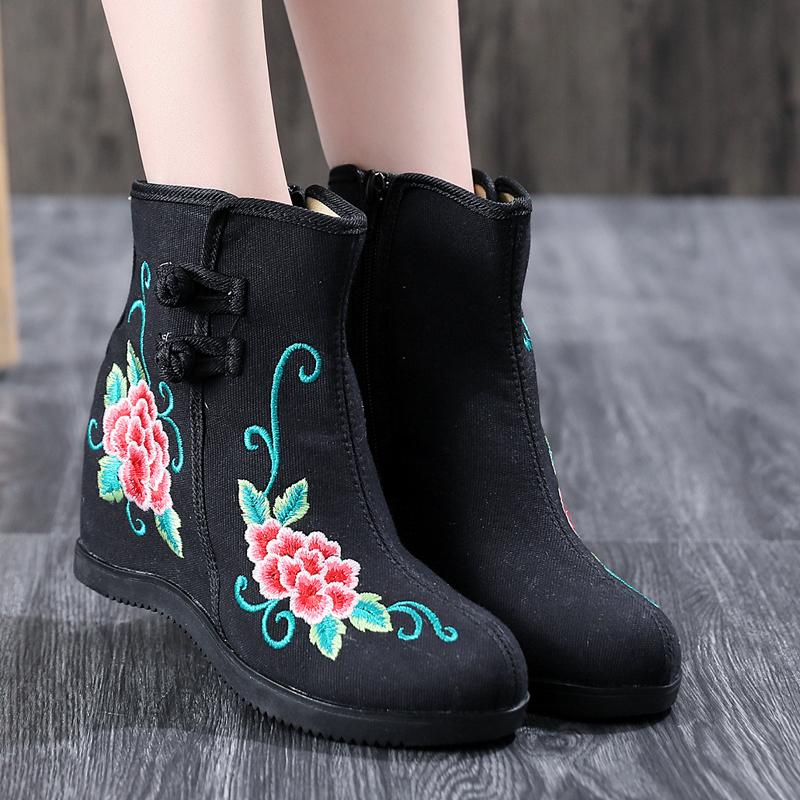 布靴の長靴の長い筒の古い北京の女性の靴の秋冬の百足の単靴のハイヒールの民族の風網の赤い底の刺繍のサイドのファスナーの靴