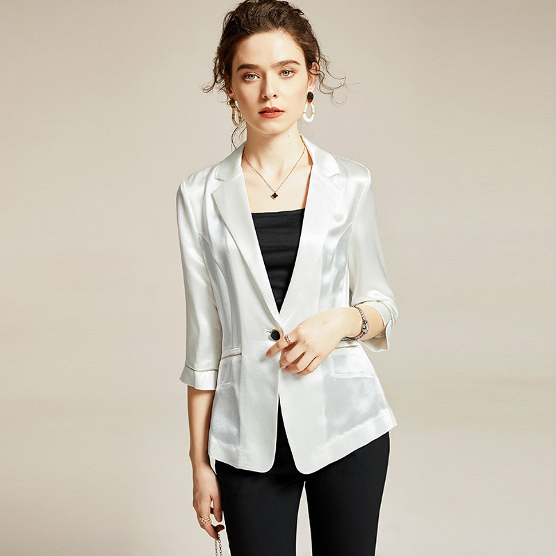 2021 spring and Autumn New Korean slim fit short Blazer coat womens long sleeve suit collar single breasted thin top