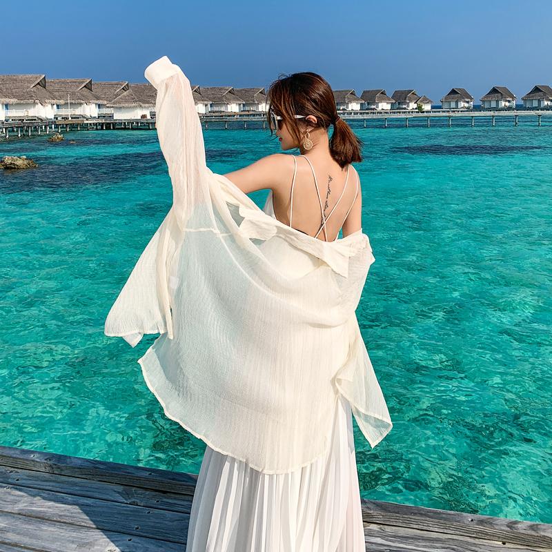岛歌夫人防晒衣女2020新款薄款开衫度假沙滩海边百搭宽松衬衫外套
