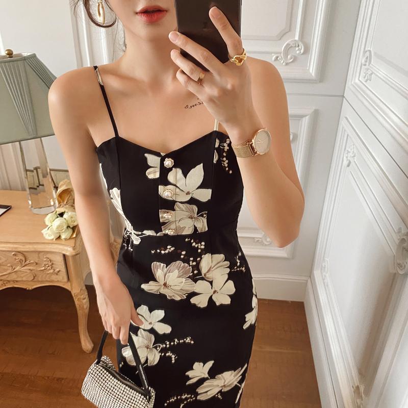 岛歌夫人法式收腰显瘦性感露背吊带裙中长款气质优雅印花连衣裙女