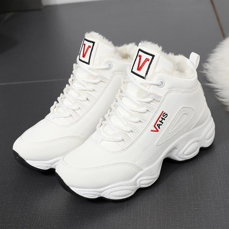 加绒女鞋子2020新款潮秋冬天保暖高帮鞋女学生厚底运动鞋冬季棉鞋