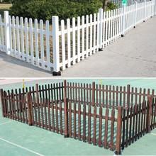 屋外のパティオガーデン腐った木屋外の庭の壁フェンス木製フェンス木製フェンス庭のフェンスの手すり
