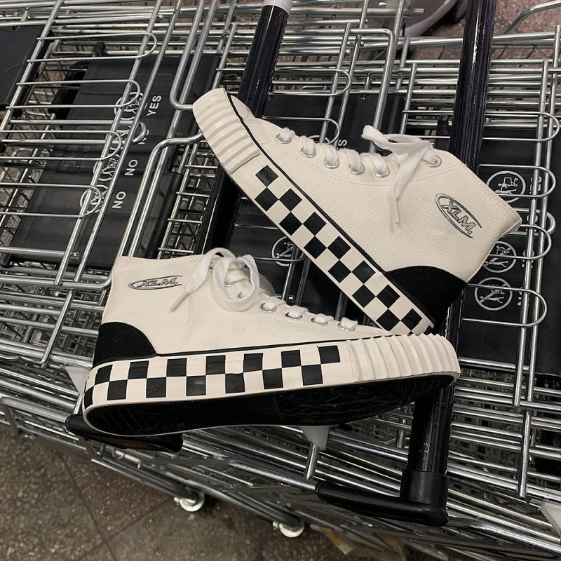 Spring 2020 new black and white plaid high top canvas shoes for female students