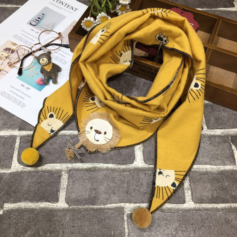 Korean childrens autumn and winter new scarf triangle scarf boy girl baby saliva scarf lovely baby warm neck