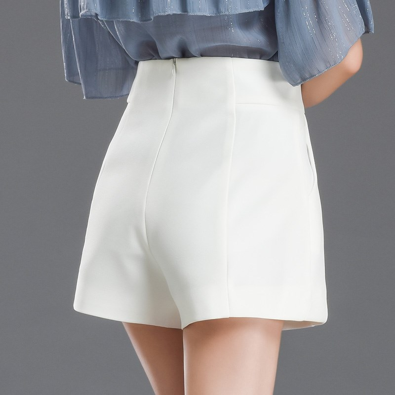 White shorts womens summer 2020 high waist A-line thin and loose wide legs wear black casual suit and commuter pants