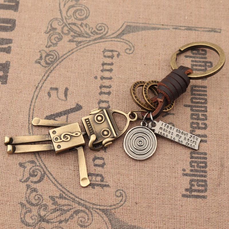 日本复古机器人钥匙扣创意工编制合金汽车挂件潮流男女包包挂饰品