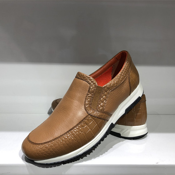 Korean leather face, leather lining and leather cushion mens fashion business casual shoes special price: high end deerskin in champagne color