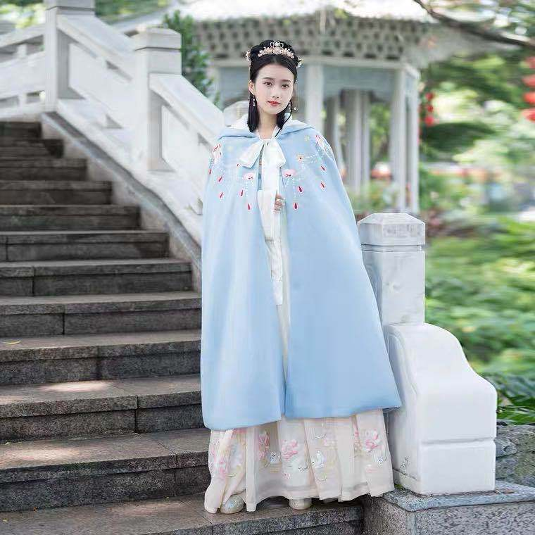 Chinese style long cloak womens classic original Embroidery Flower ladys cloak autumn and winter Hanfu coat package mail